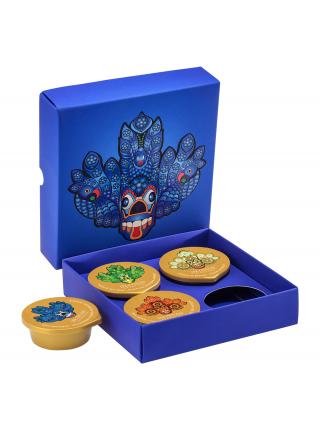 Kolekcia 4 pleťových masiek a peelingov v modrom boxe