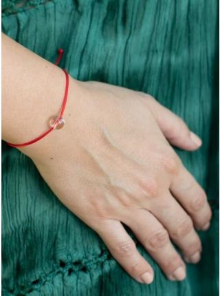 Červená šnúrka s čírym krištáľom malý korálik