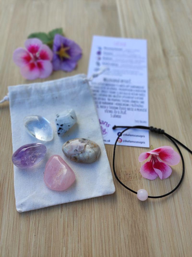 LÁSKA – balíček minerálov (mesačný kameň, ametyst, ruženín, achát, krištáľ)